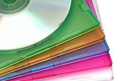 Het in dozen doen van een doos voor CD van een schijf Royalty-vrije Stock Fotografie