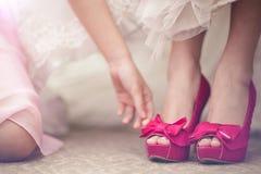 Het dragen van schoenen Royalty-vrije Stock Afbeeldingen