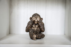 Het Drie Apenbeeldhouwwerk hoort zien 2 spreek Royalty-vrije Stock Afbeelding