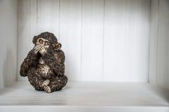 Het Drie Apenbeeldhouwwerk hoort zien 5 spreek Stock Foto's