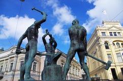 Het Drie Smiths Standbeeld Helsinki stock foto's
