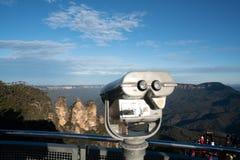 Het drie Zustervooruitzicht in Jamison Valley in de Blauwe Bergen met Muntstuk stelde verrekijkerskijker voor de Drie Zusters AR  stock foto's