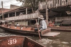 Het drijven markt in Bangkok royalty-vrije stock afbeeldingen