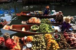 Het drijven markt, Thailand stock fotografie