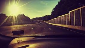 Het drijven op de weg Stock Foto