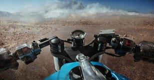Het drijven op motorfiets Royalty-vrije Stock Foto