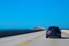 Het drijven op weg 1 van de V.S. aan Key West Royalty-vrije Stock Afbeeldingen