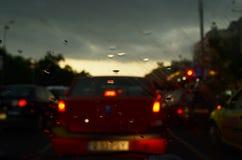 Het drijven in regen Stock Afbeelding