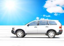 Het drijven van de auto een woestijn Royalty-vrije Stock Afbeeldingen
