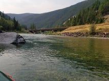 Het drijven van de rivier stock afbeeldingen