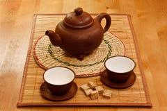 Het drinken van de thee Stock Afbeeldingen