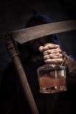 Het drinken van drank is de kortste manier te sterven Stock Foto's