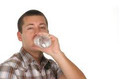 Het drinkwater van de kerel royalty-vrije stock foto's