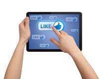Het drukken van de hand ALS knoop in tabletPC Royalty-vrije Stock Foto's