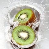 Het dubbele Bespatten van de Kiwi Royalty-vrije Stock Foto's