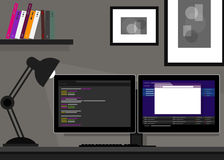 Het dubbele twee monitor Web van de programmeringscodage Stock Afbeelding