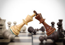 Het duel van het koningenschaak stock fotografie