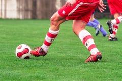 Het duel van het voetbal Stock Foto's