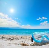 Het duiken masker onder een glanzende zon Stock Foto