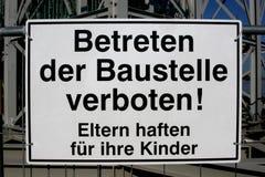 Het Duits geen ingangsteken bij een bouwterrein Royalty-vrije Stock Afbeeldingen