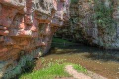 Het duivels` s Ravijn wordt gevestigd door Garretson, Zuid-Dakota en is waar de Beroemde Balling Jesse James overdwars sprong royalty-vrije stock fotografie