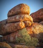 Het Duivelsmarmer (Karlu Karlu), Noordelijk Grondgebied, Australië Stock Fotografie