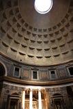 het Effect Rome Italië van de Zonnewijzer van het Pantheon van 3pm Royalty-vrije Stock Afbeelding