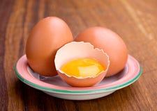 Het ei en de dooier van de kip Stock Fotografie