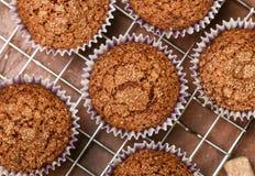 Het eigengemaakte close-up van Koffiemuffins Traditioneel Amerikaans dessert stock foto's