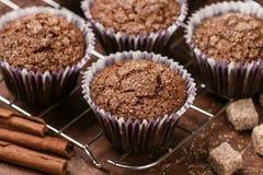 Het eigengemaakte close-up van Koffiemuffins Traditioneel Amerikaans dessert stock fotografie
