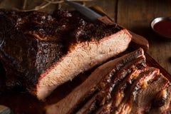 Het eigengemaakte Gerookte Borststuk van het Barbecuerundvlees royalty-vrije stock fotografie