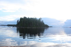 Het eiland in het meer Royalty-vrije Stock Foto