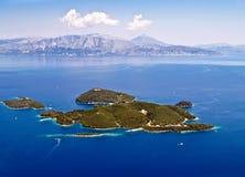 Het eiland luchtmening van Skorpios Stock Foto's