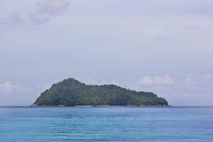 Het eiland van de draak bij nationaal park Surin Stock Foto