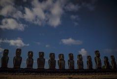 Het Eiland van de Standbeeldenpasen van Rapanui Moai stock afbeelding