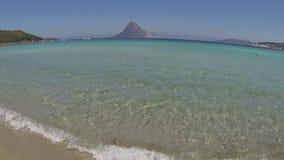 Het eiland van het LANDSCHAPStavolara van Sardinige stock video