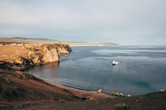 Het eiland van Olkhon op meer Baikal Stock Foto