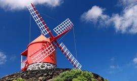 Het Eiland van Pico van de windmolen, de Azoren (Portugal) Stock Foto's