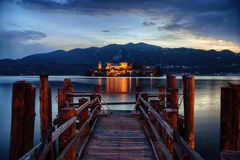 Het eiland van San Giulio stock fotografie
