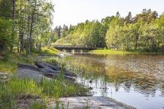 Het eiland van Valaam Brug stock foto