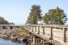 Het eiland van Valaam Brug stock afbeeldingen