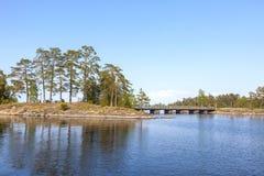 Het eiland van Valaam Eilanden en bruggen royalty-vrije stock fotografie