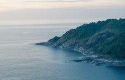 Het eiland in zonsondergangtijd Royalty-vrije Stock Foto
