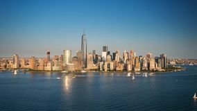 Het eilandzonsondergang Timelapse van New York Manhattan stock video