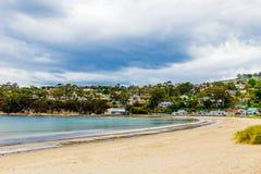 Het eind van het het strandzuiden van Kingston in Hobart, Tasmanige, Australië stock foto's