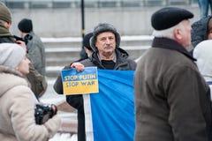 Het Einde Putin van de protestactie ` - houd Oorlog ` bij het Onafhankelijkheidsvierkant in tegen Kyiv Royalty-vrije Stock Fotografie