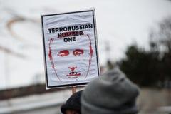 Het Einde Putin van de protestactie ` - houd Oorlog ` bij het Onafhankelijkheidsvierkant in tegen Kyiv Stock Foto's