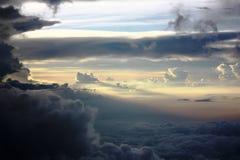Het eindeloze overzees van wolken Royalty-vrije Stock Afbeeldingen