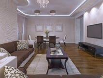 Het elegante ontwerp van de zitkamerruimte in room en bruin Royalty-vrije Stock Foto