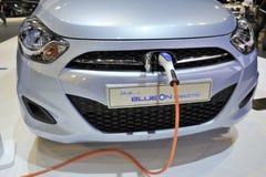 Het elektrische auto laden Royalty-vrije Stock Fotografie